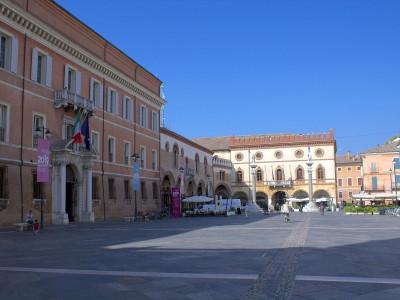 Immagine descrittiva - CC BY-SA Di Incola - Opera propria, CC BY-SA 3.0, https://commons.wikimedia.org/w/index.php?curid=27895795