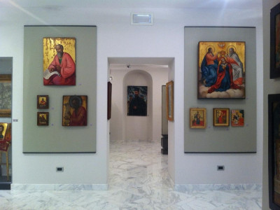 """Museo della Comunità greco - orientale di Trieste """"Costantino e Mafal"""