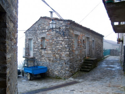 Immagine descrittiva - BY Di Fiore Silvestro Barbato from Napoli (NA), Italy - Alessandria del Carretto (CS), 2010, centro storico., CC BY-SA 2.0, https://commons.wikimedia.org/w/index.php?curid=17412796