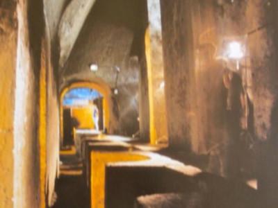 Teatro romano, particolare dei cunicoli inter