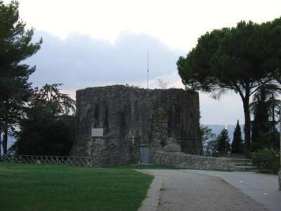 Immagine descrittiva - http://www.todi.net/rocca.htm