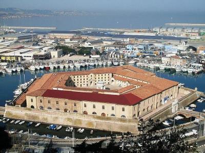 Immagine descrittiva - https://commons.wikimedia.org/wiki/User:Claudio.stanco