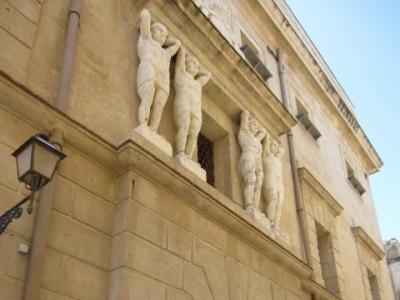 http://www.trapanistruzioniperluso.com/wordpress/cosa-vedere-a-trapani/monumenti-a-trapani/#Dali
