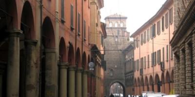 Il torresotto di Via San Vitale (luogo di ritrovo)