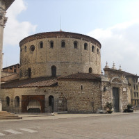 Built in the 11th century on a former Basilica, it has undergone more expansion over the centuries, preserving original structure, which makes it one of the most important examples of Romanesque rounds in Italy. Cathedral contains important...