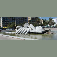 It is the main monument of the city. Built in 1986 in travertine marble, the fountain was commissioned by the town council to the sculptor Pietro Cascella to embellish the promenade. The sculpture represents a rowing boat and suggests the...