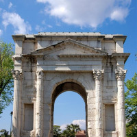 Gavi Arch is a monumental Roman architecture in Verona, erected in the mid-first century just outside the city walls. Commissioned to the architect Vitruvius Cerdone towards the end of the reign of Augustus (first half of the century...