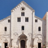 St. Nicholas's Basilicais one of the most shining examples of Apulian Romanesque architecture. It was built between 1087 and 1100, duringNorman rule. Its building isrelated toSt. Nicholas's relics translatedby sixty-two sailors...