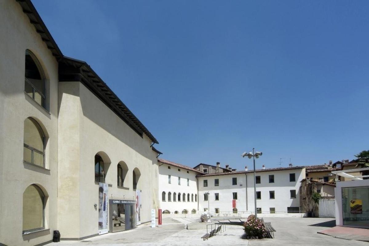 Galleria d 39 arte moderna e contemporanea di bergamo gamec for Galleria carrara bergamo