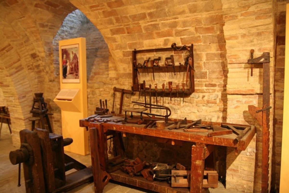 Museo demoantropologico i vecchi mestieri sant 39 angelo for Marini arredamenti sant angelo in vado