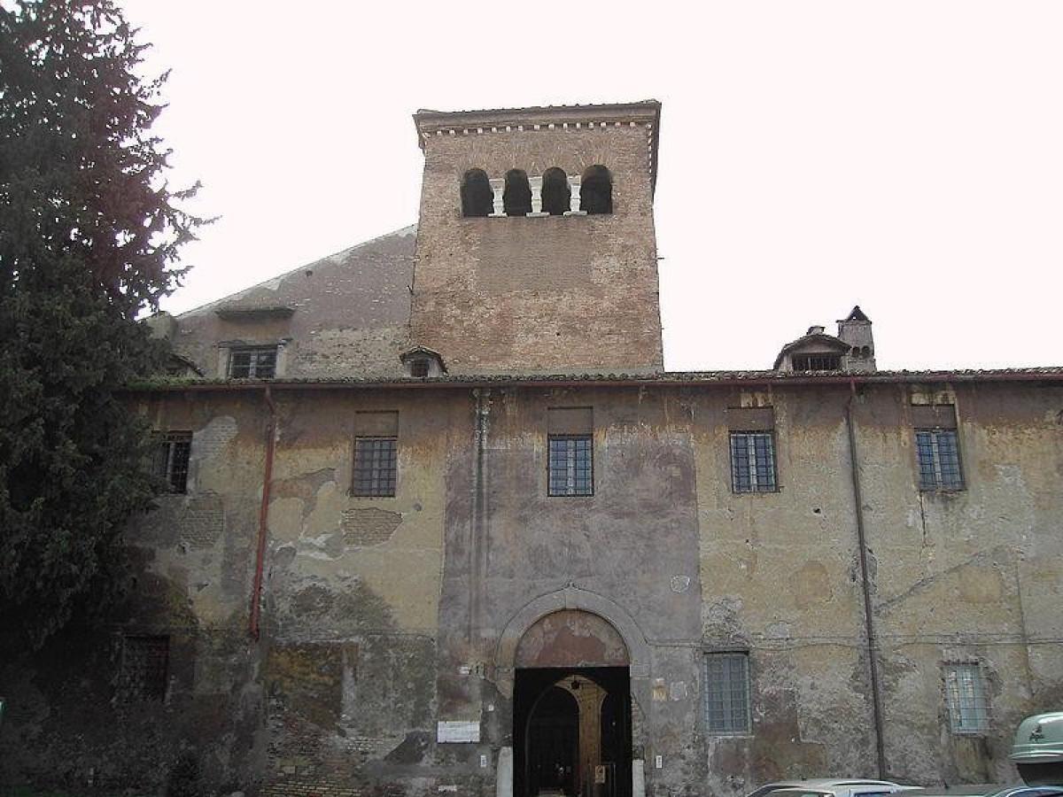 Basilica dei Santi Quattro Coronati (Roma) | ViaggiArt