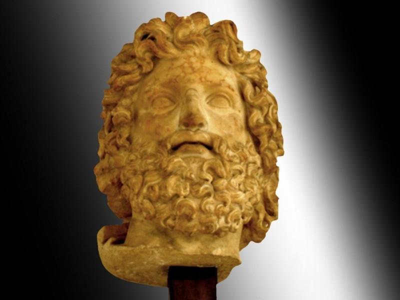 Testa colossale di Zeus Collezione Farnese: testa colossale di Zeus