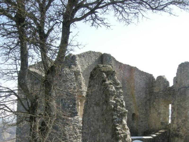 Resti del Castello di Canossa