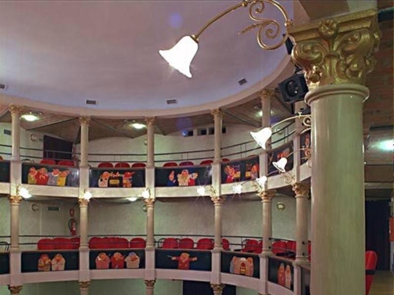 Rio Saliceto, Teatro Comunale già Teatro Montanari