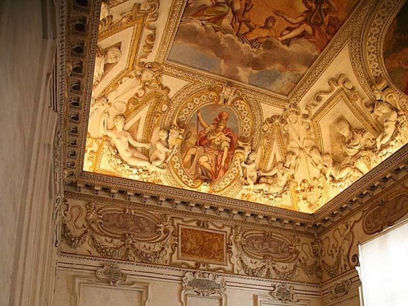 Decorazione interna