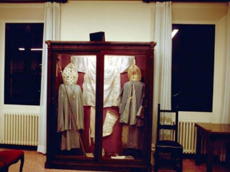 Bologna, Museo Missionario d'Arte Cinese e Museo dell'Osservanza