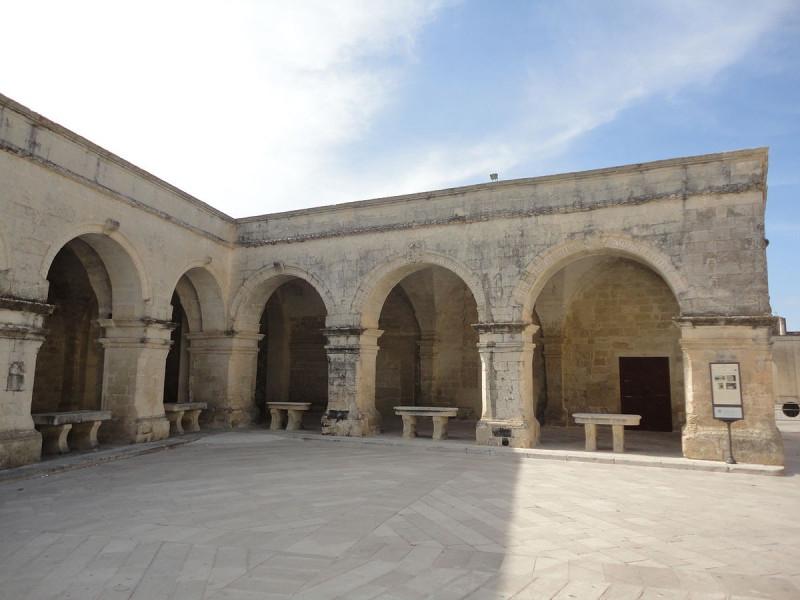 Portici di Piazza San Giorgio