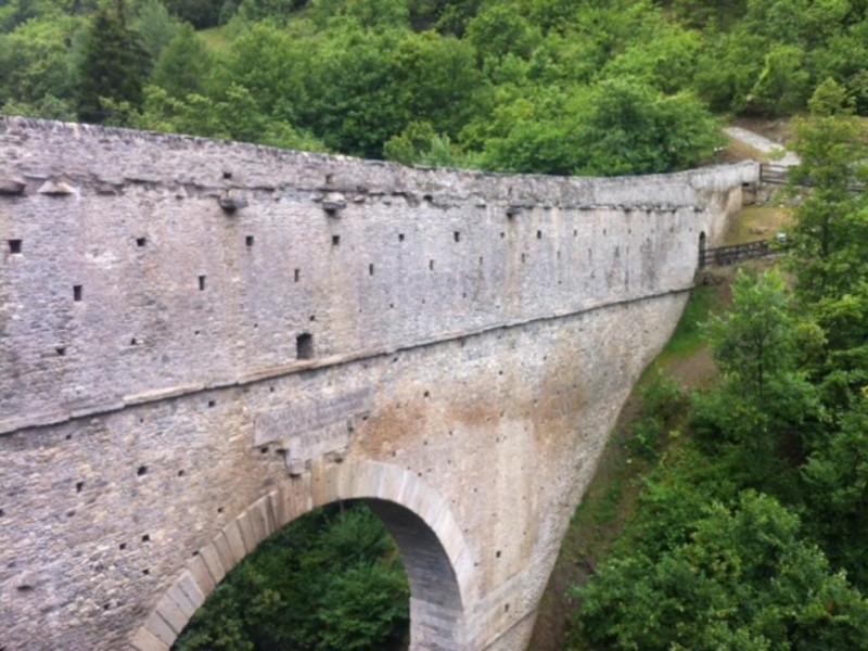 Pont d Ael - esterno