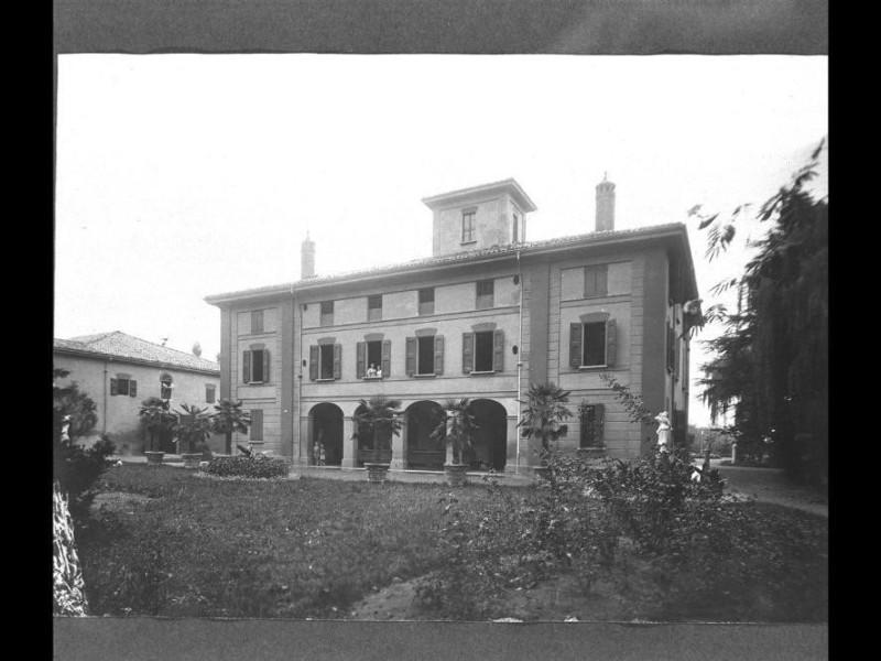 Bologna, Teatrino di Villa Altieri