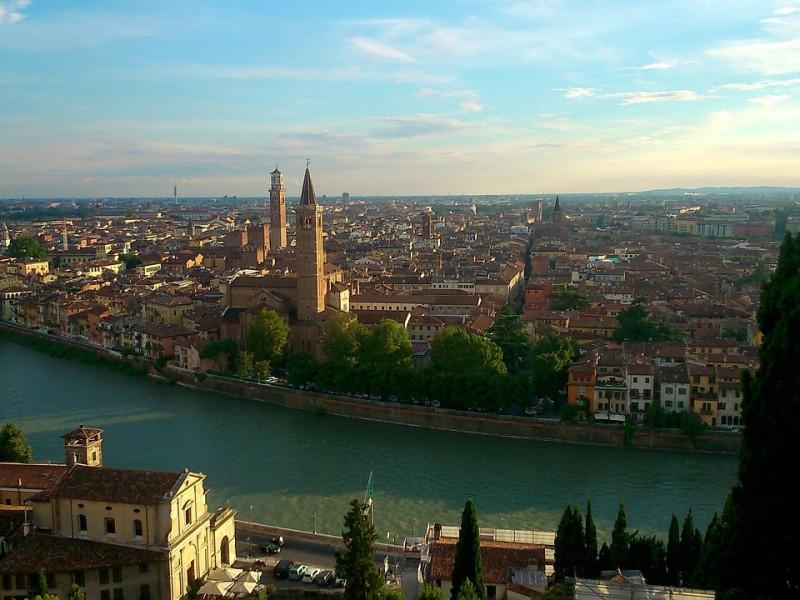 """Vista su Verona, """"Città degli Innamorati"""""""