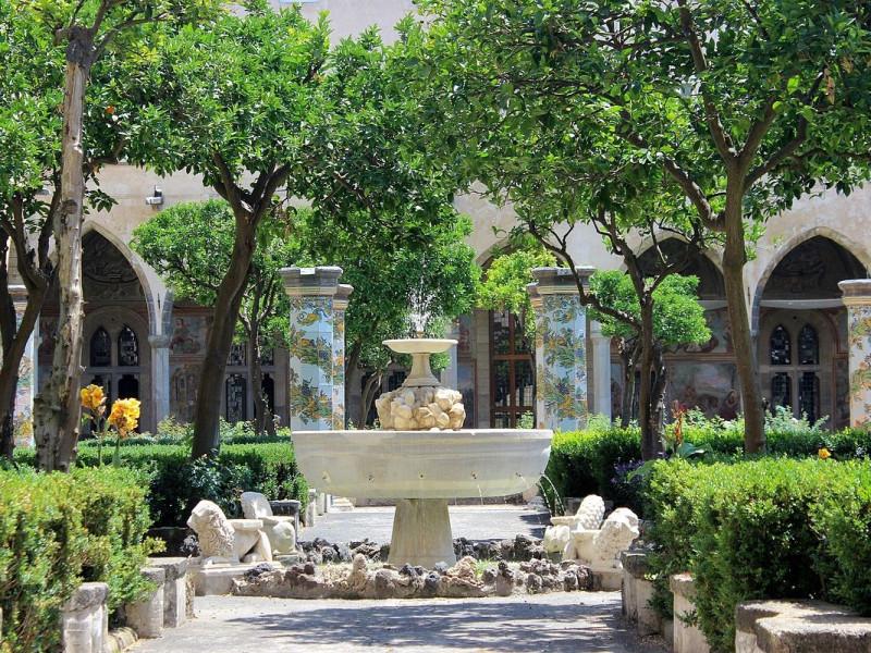 Fontana coi leoni