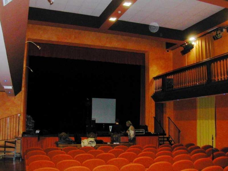 Castello d'Argile, Teatro Comunale