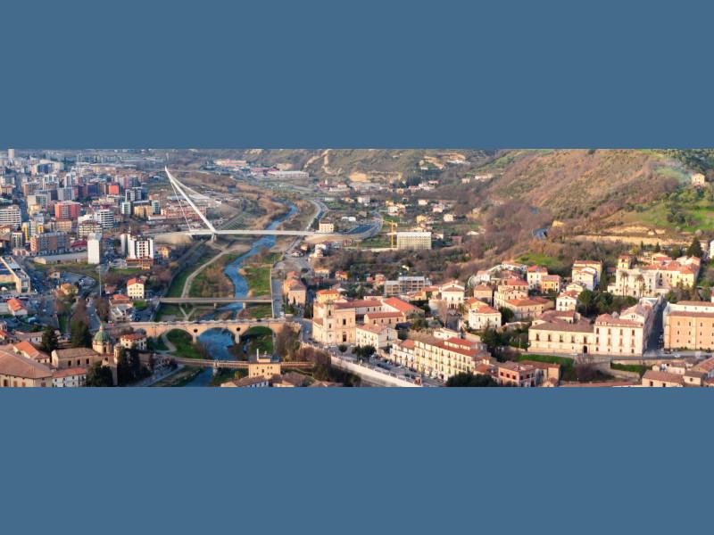 Panorama della città vista dal castello svevo