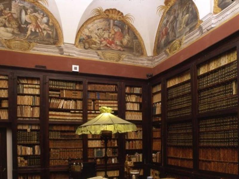 Imola, Palazzo Tozzoni