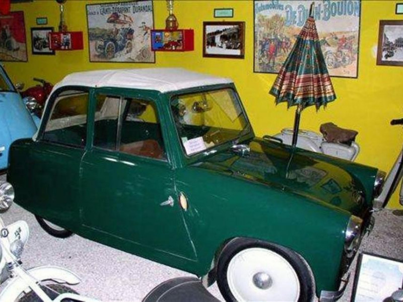 """Gatteo, Museo Auto e Moto d'Epoca """"Amarcord"""""""