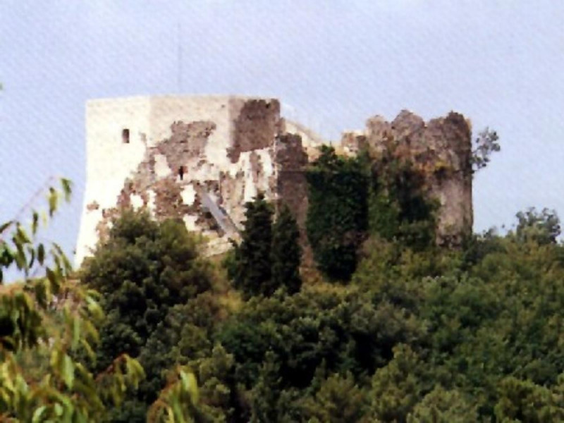 Montignoso, CASTELLO AGHINOLFI