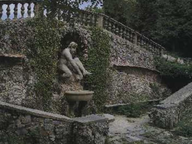 Vaglia, PARCO MEDICEO DI PRATOLINO VILLA DEMIDOFF
