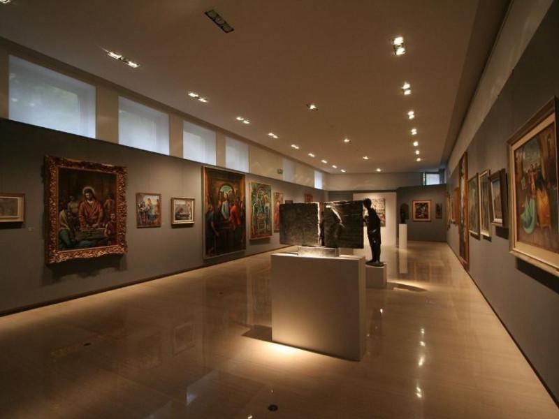 Interno. Sala espositiva. Vaccai, Roberto/ Scarpelloni, Mauro; jpg; 1536 pixels; 1024 pixels