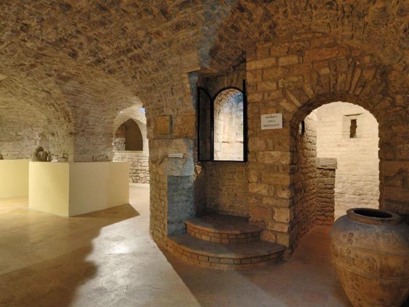 Museo di S. Pietro e cripta di S. Vittorino Fedeli, Marcello; jpg; 2126 pixels; 1417 pixels