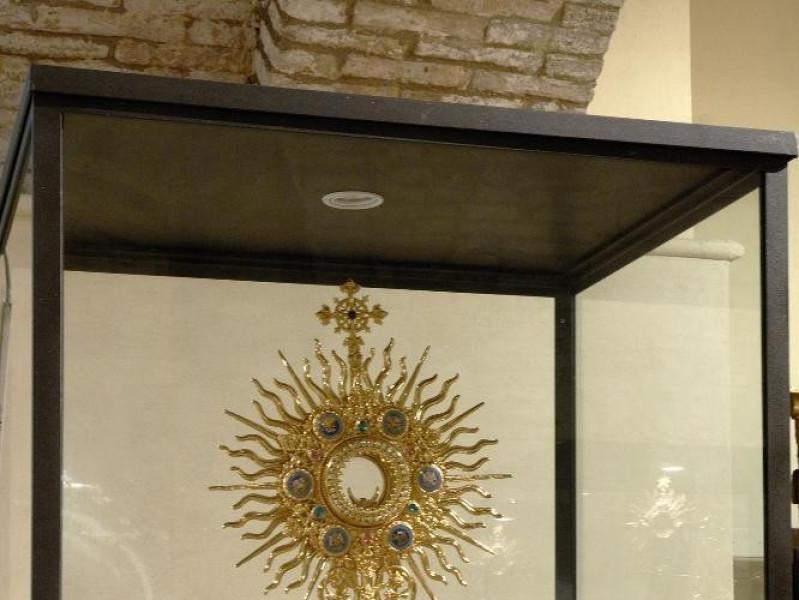 Museo di S. Pietro e cripta di S. Vittorino.  Fedeli, Marcello; jpg; 1417 pixels; 2126 pixels