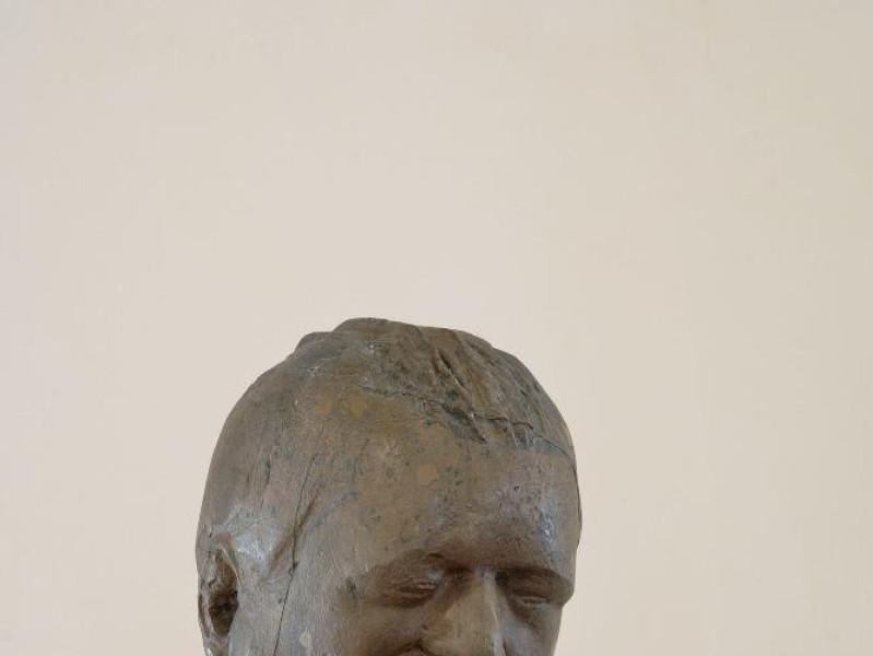 Pericle Fazzini. Scultura. Ritratto di Ungare Fedeli, Marcello; jpg; 1417 pixels; 2126 pixels