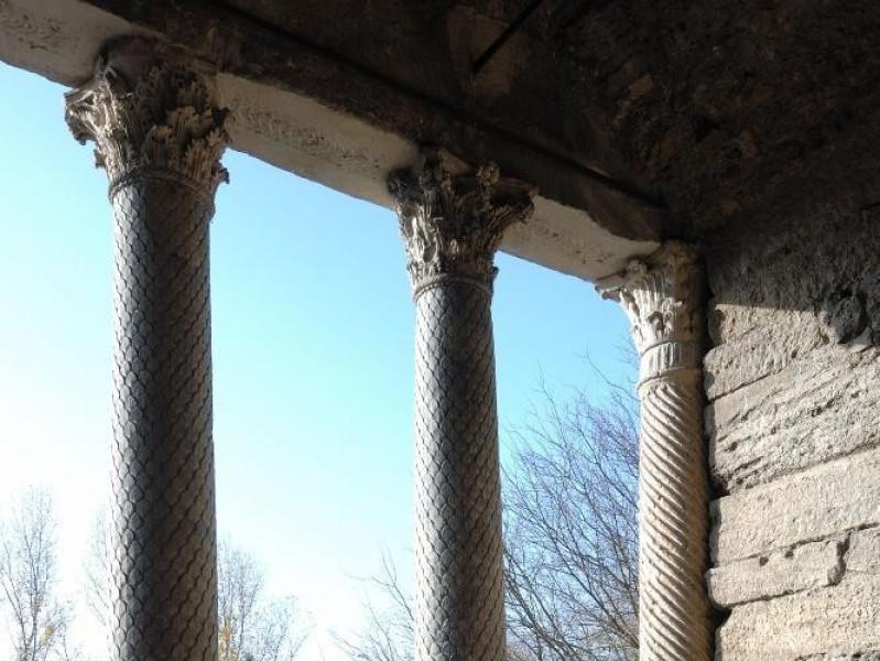 Chiesa di S. Salvatore. IV-V sec. d.C. Atrio. Fedeli, Marcello; jpg; 1417 pixels; 2126 pixels