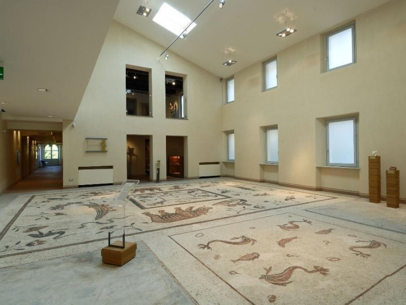 Pavimento romano. mosaico, I sec. d.C. Fedeli, Marcello; jpg; 2126 pixels; 1417 pixels