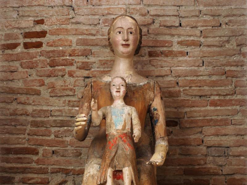 Ignoto scultore del XIV secolo, Madonna con B Bellu, Sandro