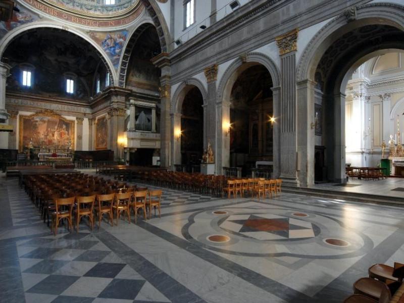 Cattedrale, interno Bellu, Sandro; jpg; 3872 pixels; 2592 pixels