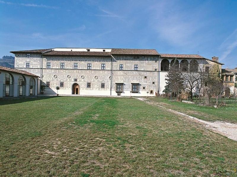 Pinacoteca comunale, Esterno ; jpg; 768 pixels; 768 pixels
