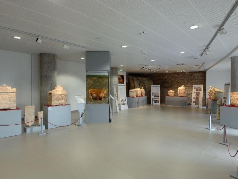 Antiquarium. Sala espositiva Fedeli, Marcello; jpg; 2126 pixels; 1417 pixels