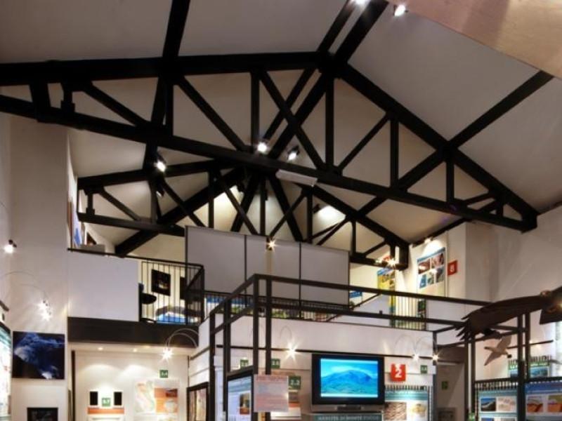 Sala espositiva 1° piano Bellu, Sandro/ CENS; jpg; 622 pixels; 929 pixels