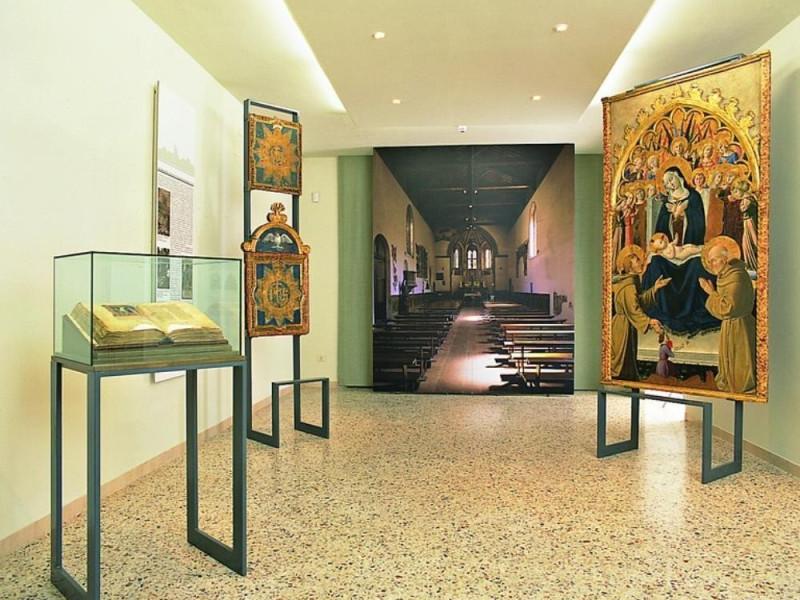 Pinacoteca Comunale. Sala espositiva jpg; 768 pixels; 768 pixels