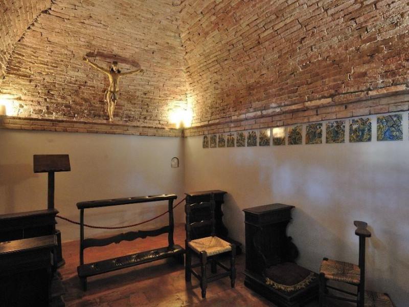 Santuario della Madonna dei Bagni. Interno Fedeli, Marcello; jpg; 2126 pixels; 1417 pixels