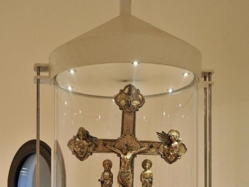 Croce astile. Fine sec. XIV-inizio XV Fedeli, Marcello; jpg; 1417 pixels; 2126 pixels