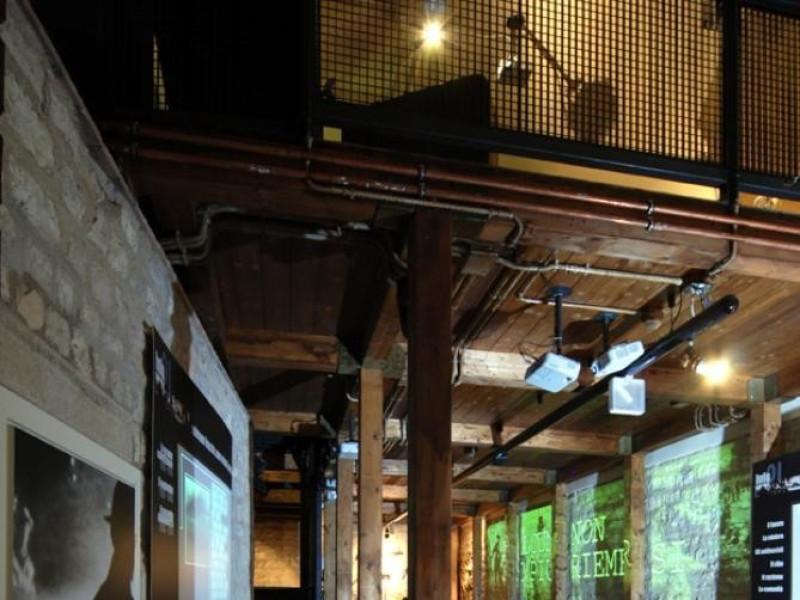 Sala espositiva, piano terra Bellu, Sandro; jpg; 622 pixels; 929 pixels
