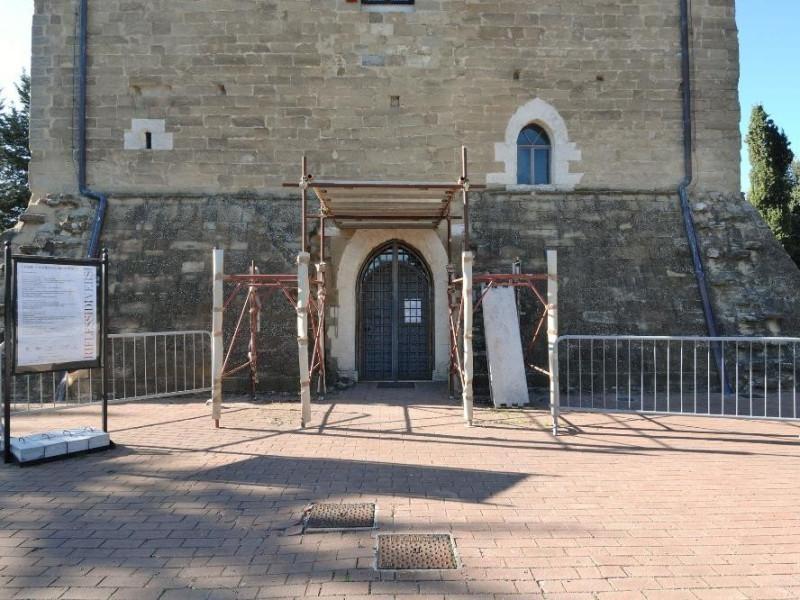 Torre dei Lambardi. Veduta esterna Fedeli, Marcello; jpg; 2126 pixels; 1417 pixels