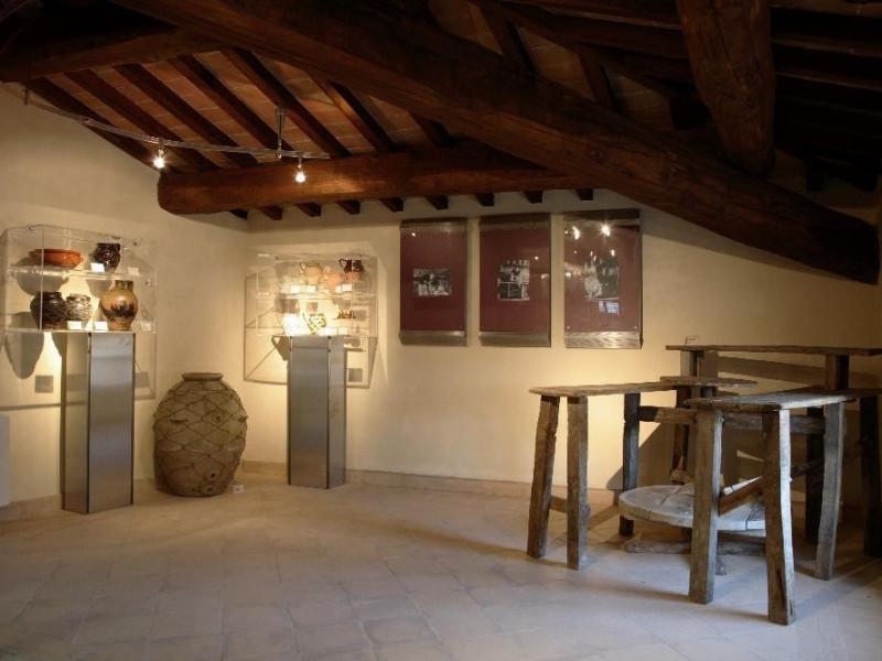 Sala con la bottega del vasaio Tatge, George/ Capoccia, Michele; jpg; 4368 pixels; 2912 pixels