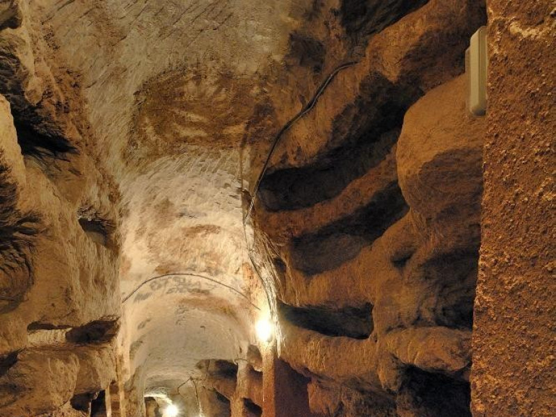 Catacomba di Villa S. Faustino.Scavo archeol Fedeli, Marcello; jpg; 1417 pixels; 2126 pixels