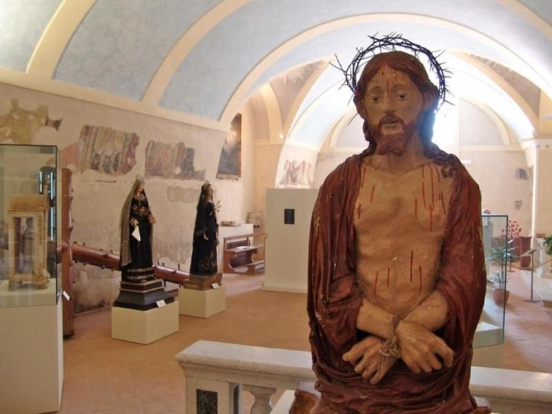 Museo san Giuseppe. Allestimento interno. Bovini, Mirko; jpg; 768 pixels; 575 pixels